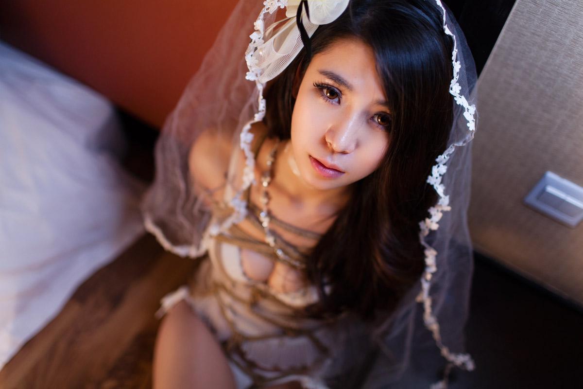 No.00638 Bondage Bride #3 [22Pics] 綺麗な花嫁ですね、このすてきの縛り方とガードル下着の組み合わせまるで縛り芸術品です。この緊縛画像はとてもすばらしいと思います。