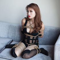 No.00608 Gaga Style #2 tyingart – 縛リ芸術の美少女着衣緊縛画像です。屈脚梯子縛りと 股縄