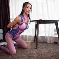 No.00722 Widow Maker #2  はい、miekoの『オーバーウォッチ』ウィドウメーカーのコスプレ緊縛画像ですが、前回の画像は好きなの?