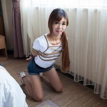 No.00594 Casual Trip #2 彼女に上下縄付き後手背面腕一本乳房潰し縛りを施す、縛り写真を撮った。