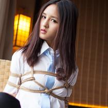 No.00662 Newcomer OL #6 [26Pics] 縛り芸術のOLのひとりAyamiさんは着衣緊縛画像のためり時間通りに来ました。彼女一番すきの緊縛式は胡座縛りです。