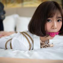 No.00769 Innocent Girl #3 [25Pics] 緊縛や猿轡がすき?現役女子校生TYlarちゃんにあなたを満足させましょう。その白い女子高制服、はだかいろの下着、そして食い込む股縄、この画像は本当に綺麗ですね。